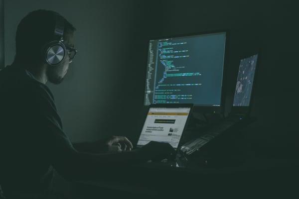 Le COBOL représente une porte ouverte à un nombre importants de bugs