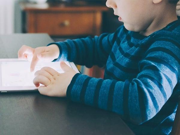 L'apprentissage du code informatique peut s'apprendre depuis le plus jeune âge